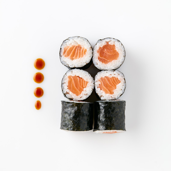 Maki (6 Pieces) – Salmon