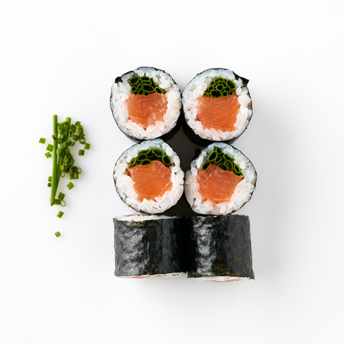Maki (6 Pieces) Salmon and Chives