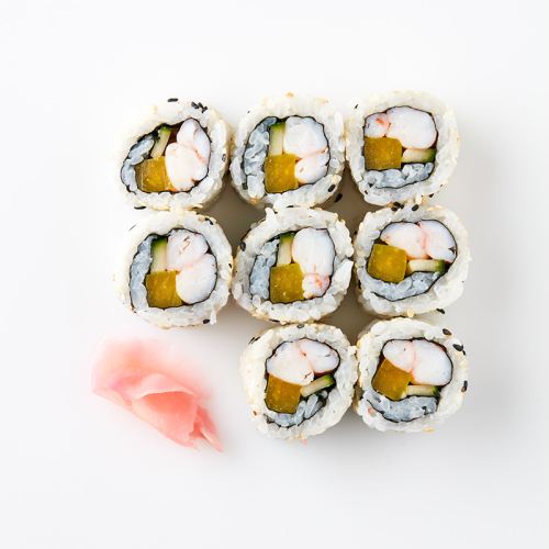 Uramaki (8 Pieces) Prawn, Daikon (Japanese pickled radish), Cucumber, Sesame Seeds